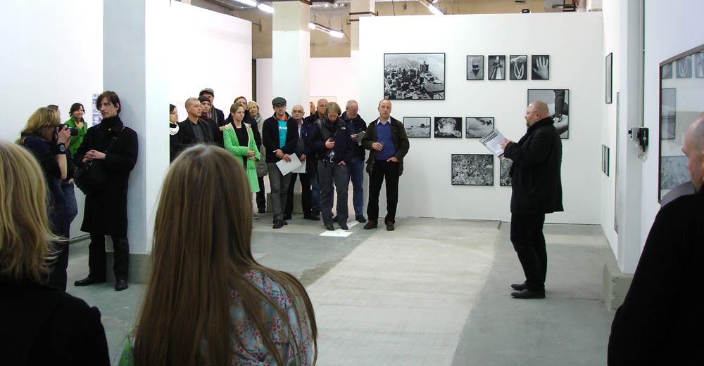 Leipziger Kreis, Zerreißproben, Ausstellungseröffnung, 5. November 2010, Tapetenwerk Leipzig, Foto: Christian Lotz